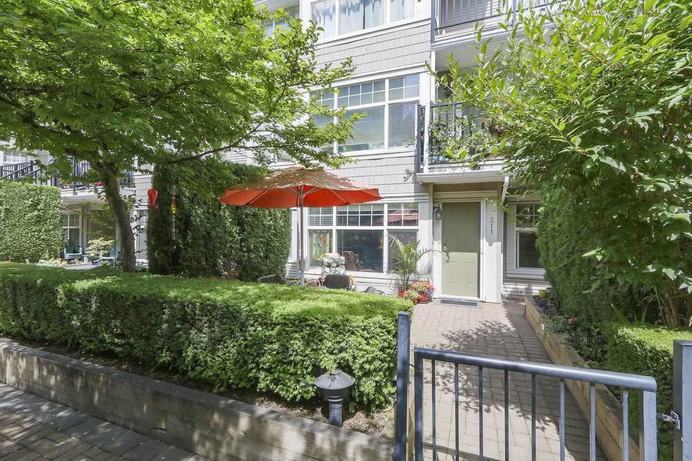 "Main Photo: 211 7038 21ST Avenue in Burnaby: Highgate Condo for sale in ""ASHBURY"" (Burnaby South)  : MLS®# R2380470"