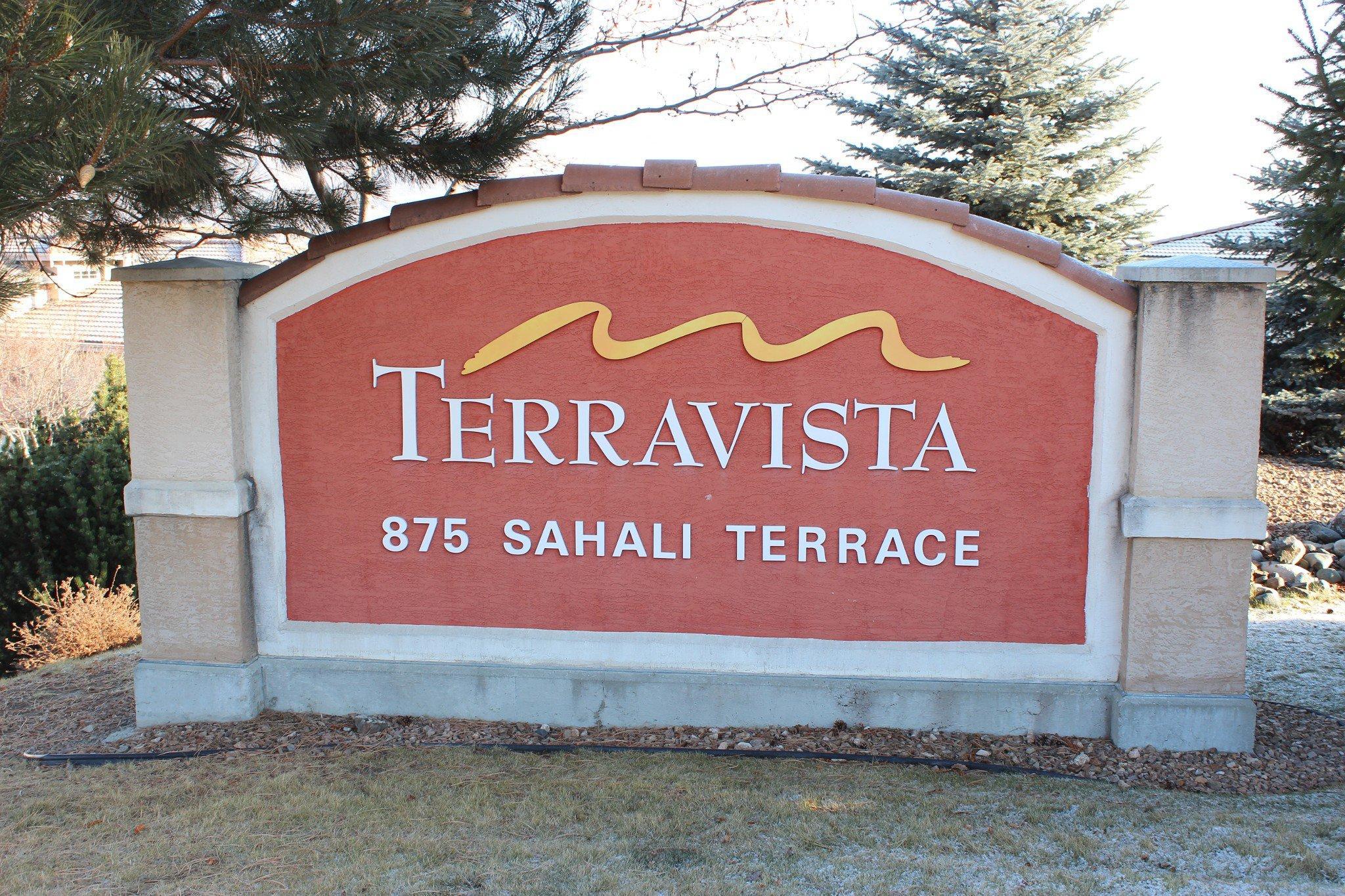 Photo 1: Photos: 101 875 Sahali Terrace in Kamloops: Lower Sahali Townhouse for sale : MLS®# 154556