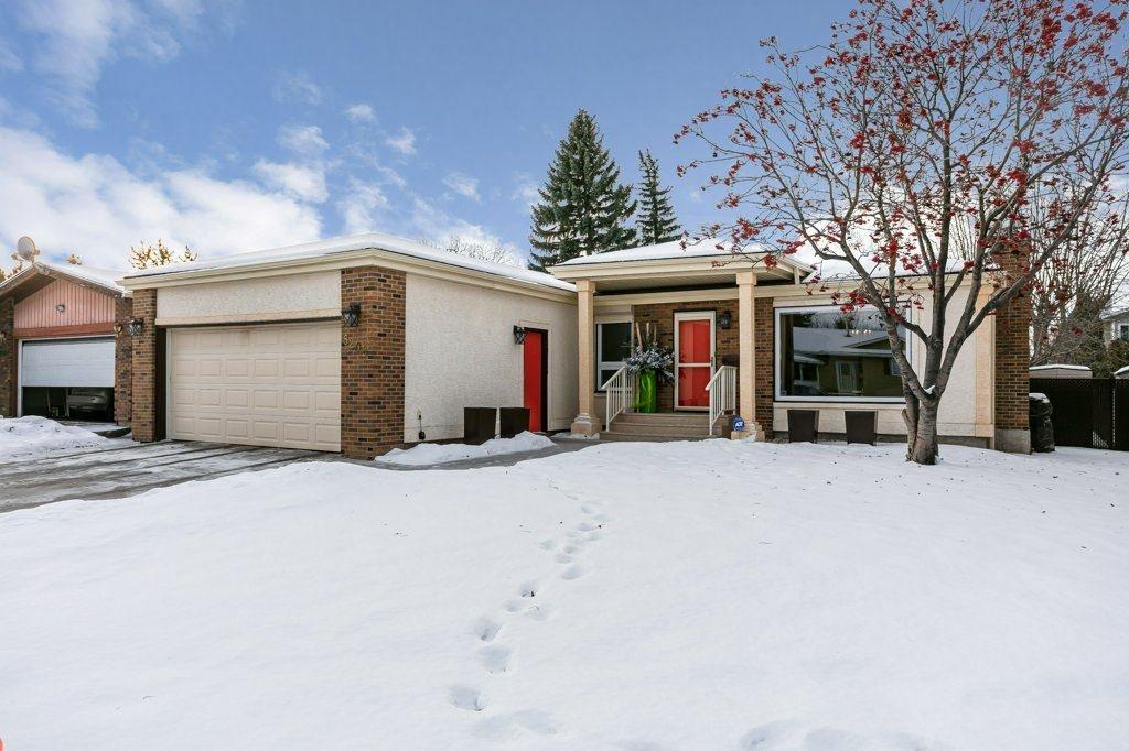 Main Photo: 8208 187 Street in Edmonton: Zone 20 House for sale : MLS®# E4184183