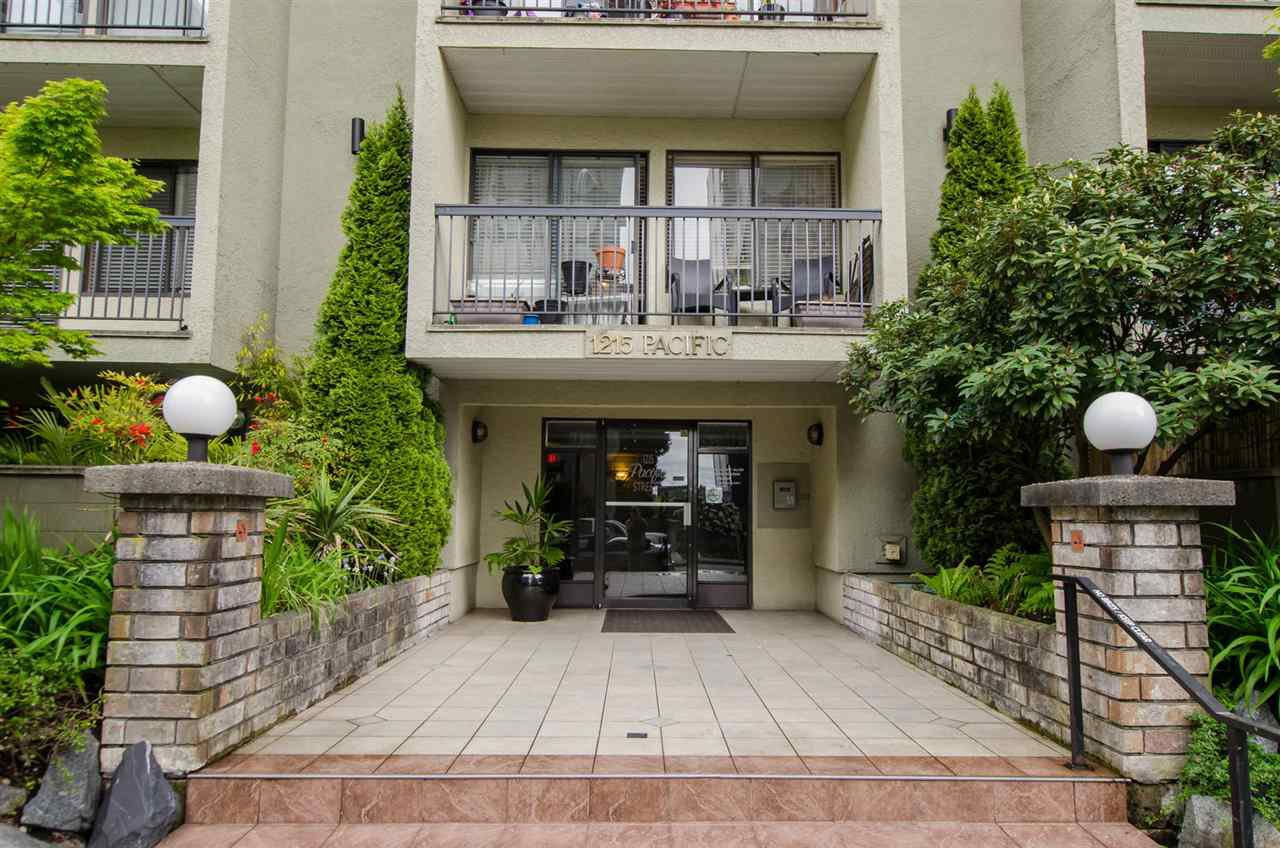 "Main Photo: 501 1215 PACIFIC Street in Vancouver: West End VW Condo for sale in ""1215 Pacific"" (Vancouver West)  : MLS®# R2453690"
