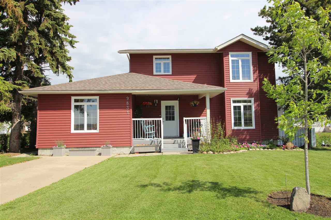 Main Photo: 9831 98 Street: Westlock House for sale : MLS®# E4201435