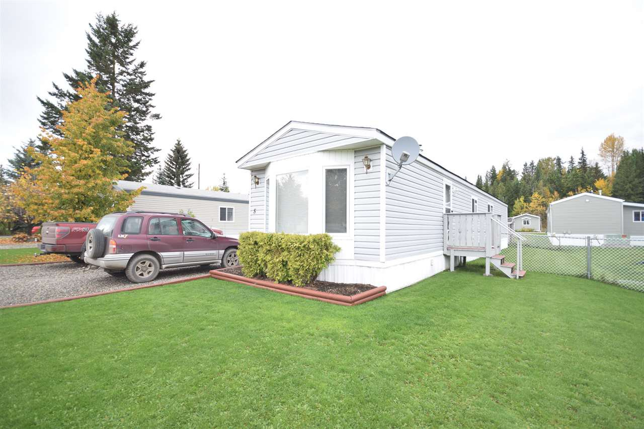 "Main Photo: 5 370 WESTLAND Road in Quesnel: Quesnel - Town Manufactured Home for sale in ""Mount Vista"" (Quesnel (Zone 28))  : MLS®# R2507680"