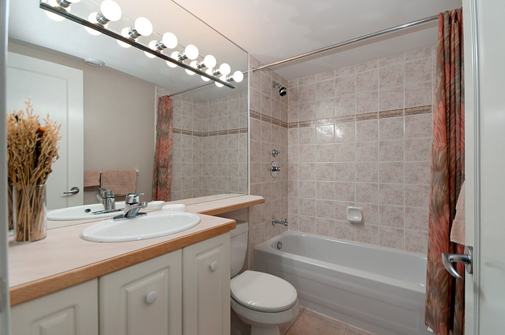 Photo 40: Photos: 3743 W 13TH Avenue in Vancouver: Point Grey House for sale (Vancouver West)  : MLS®# V872146
