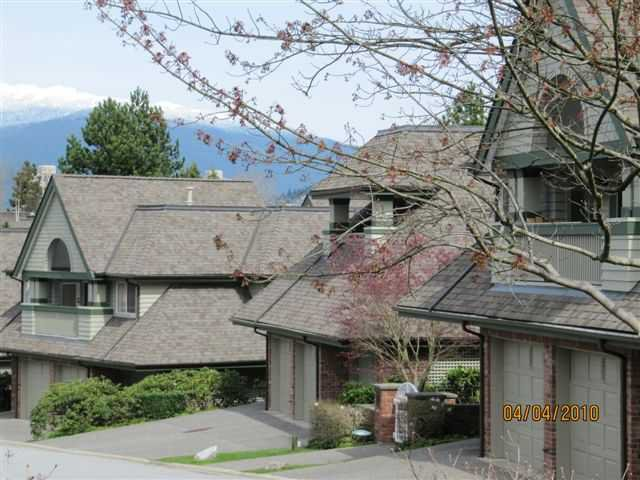 Main Photo: 3977 CREEKSIDE Place in Burnaby: Burnaby Hospital Townhouse for sale (Burnaby South)  : MLS®# V880173