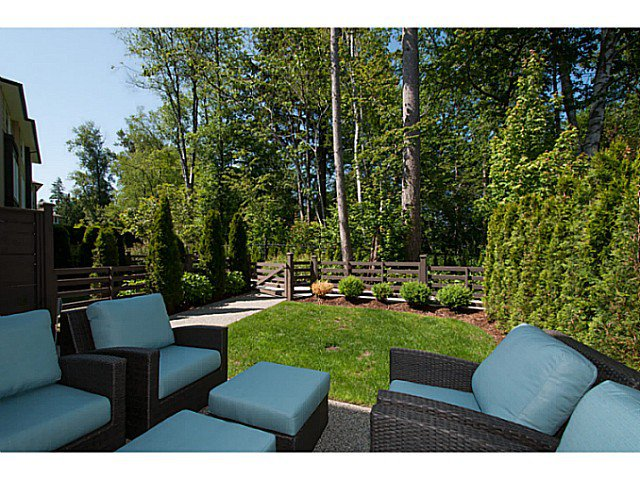 """Main Photo: 51 15405 31ST Avenue in Surrey: King George Corridor Townhouse for sale in """"NUVO"""" (South Surrey White Rock)  : MLS®# F1414160"""