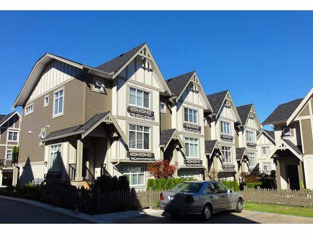 "Main Photo: 18 6588 195A Street in Surrey: Clayton Townhouse for sale in ""ZEN TOWNHOMES"" (Cloverdale)  : MLS®# F1422812"