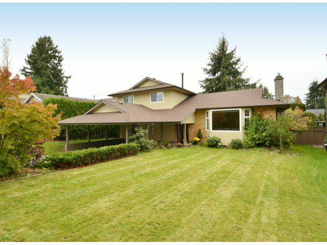 "Main Photo: 15471 ROPER Avenue: White Rock House for sale in ""White Rock"" (South Surrey White Rock)  : MLS®# F1429499"