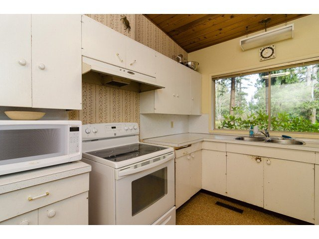 """Photo 11: Photos: 20508 46A Avenue in Langley: Langley City House for sale in """"MOSSEY ESTATES"""" : MLS®# F1433198"""