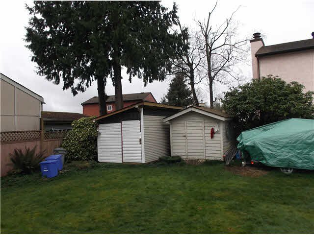 Photo 15: Photos: 12470 77A Avenue in Surrey: West Newton House for sale : MLS®# F1435897
