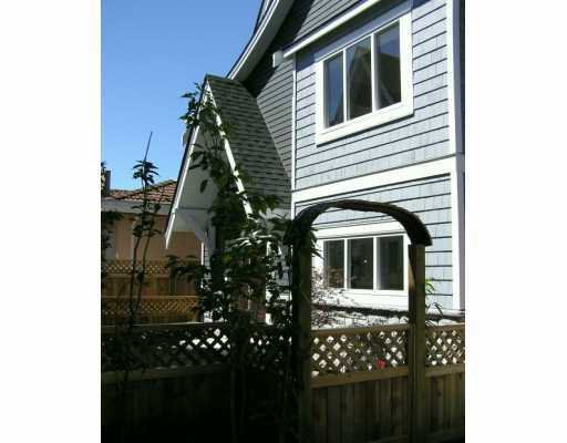 Main Photo: 9333 GENERAL CURRIE RD in Richmond: McLennan North Townhouse for sale : MLS®# V608952