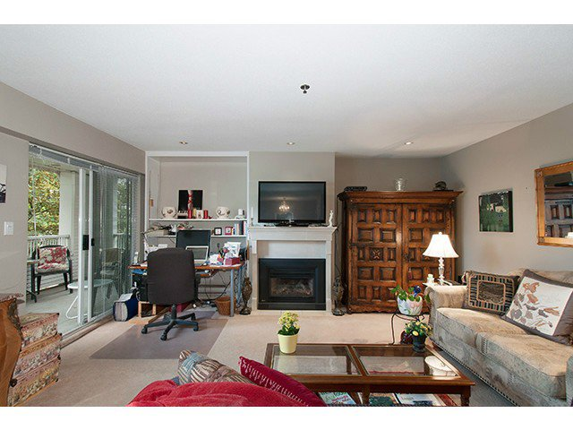 "Main Photo: 304 1465 COMOX Street in Vancouver: West End VW Condo for sale in ""Brighton Court"" (Vancouver West)  : MLS®# V1122493"