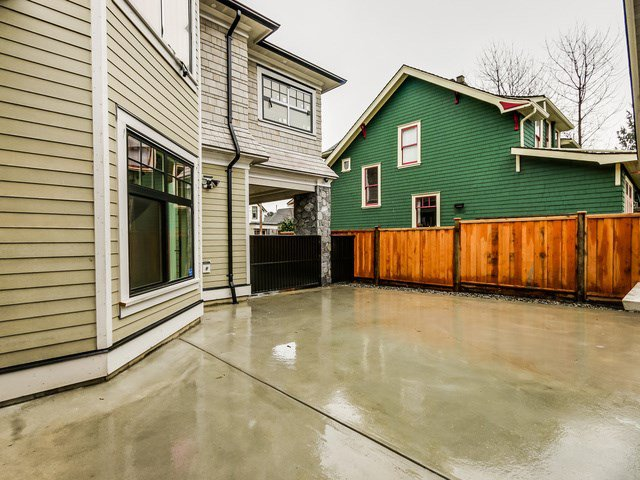 """Photo 19: Photos: 334 PINE Street in New Westminster: Queens Park House for sale in """"Queens Park"""" : MLS®# R2027850"""