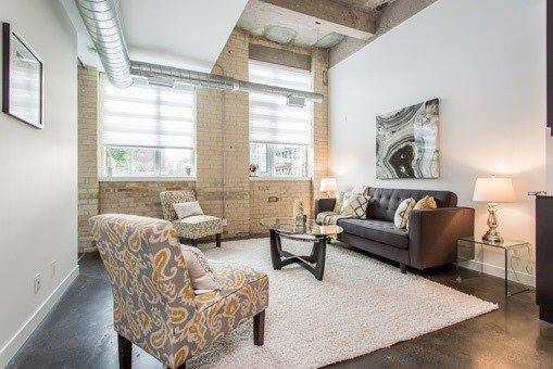 Photo 2: Photos: 124 201 Carlaw Avenue in Toronto: South Riverdale Condo for sale (Toronto E01)  : MLS®# E3599061