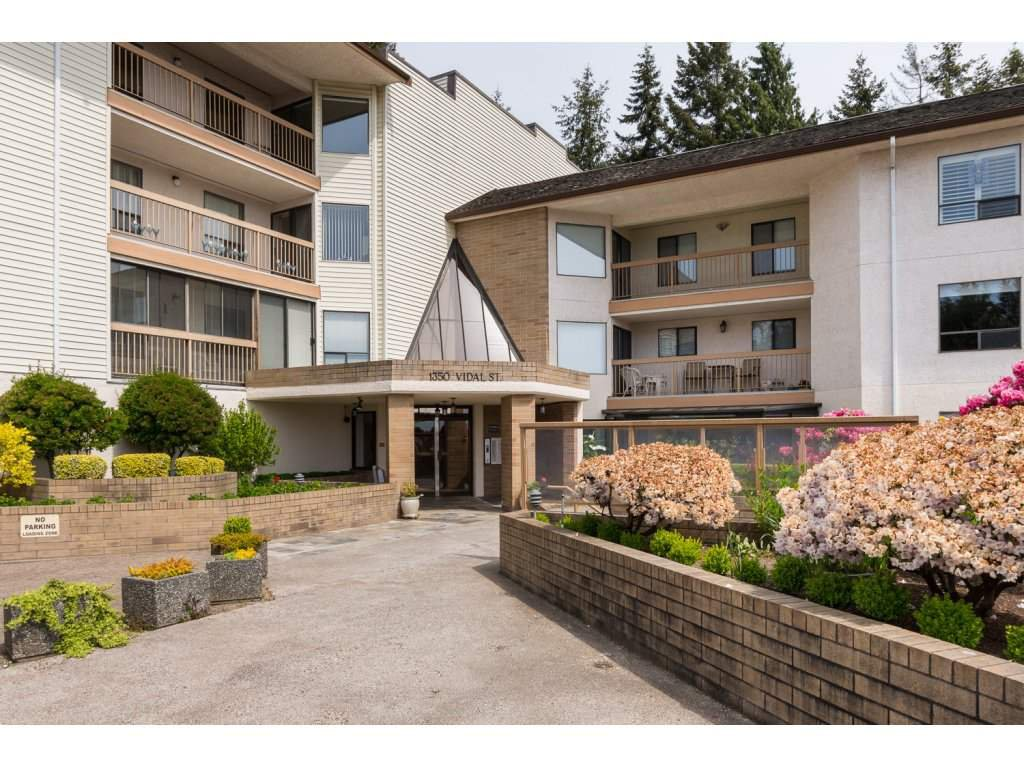 "Main Photo: 619 1350 VIDAL Street: White Rock Condo for sale in ""SEA PARK"" (South Surrey White Rock)  : MLS®# R2125420"