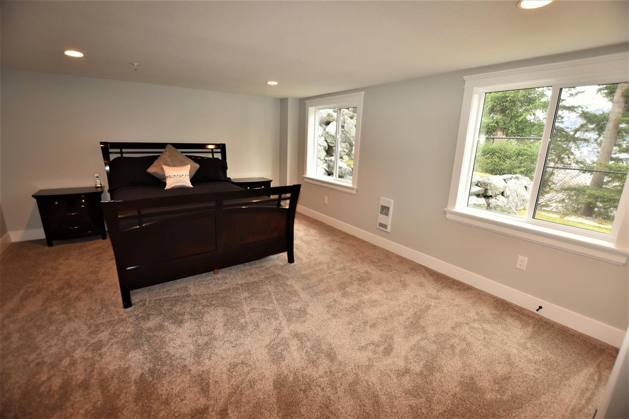 """Photo 18: Photos: 5422 ABBEY Crescent in Sardis: Promontory House for sale in """"PROMONTORY"""" : MLS®# R2135197"""