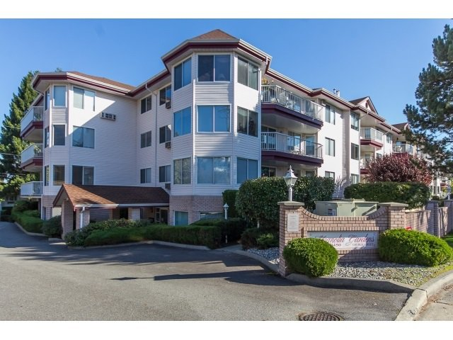 "Main Photo: 306 2450 CHURCH Street in Abbotsford: Abbotsford West Condo for sale in ""MAGNOLIA GARDENS"" : MLS®# R2157511"