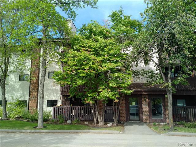 Main Photo: 24 Novavista Drive in Winnipeg: River Park South Condominium for sale (2E)  : MLS®# 1713507