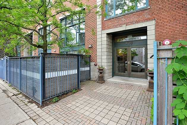 Main Photo: 670 Richmond St W Unit #204 in Toronto: Niagara Condo for sale (Toronto C01)  : MLS®# C3819449