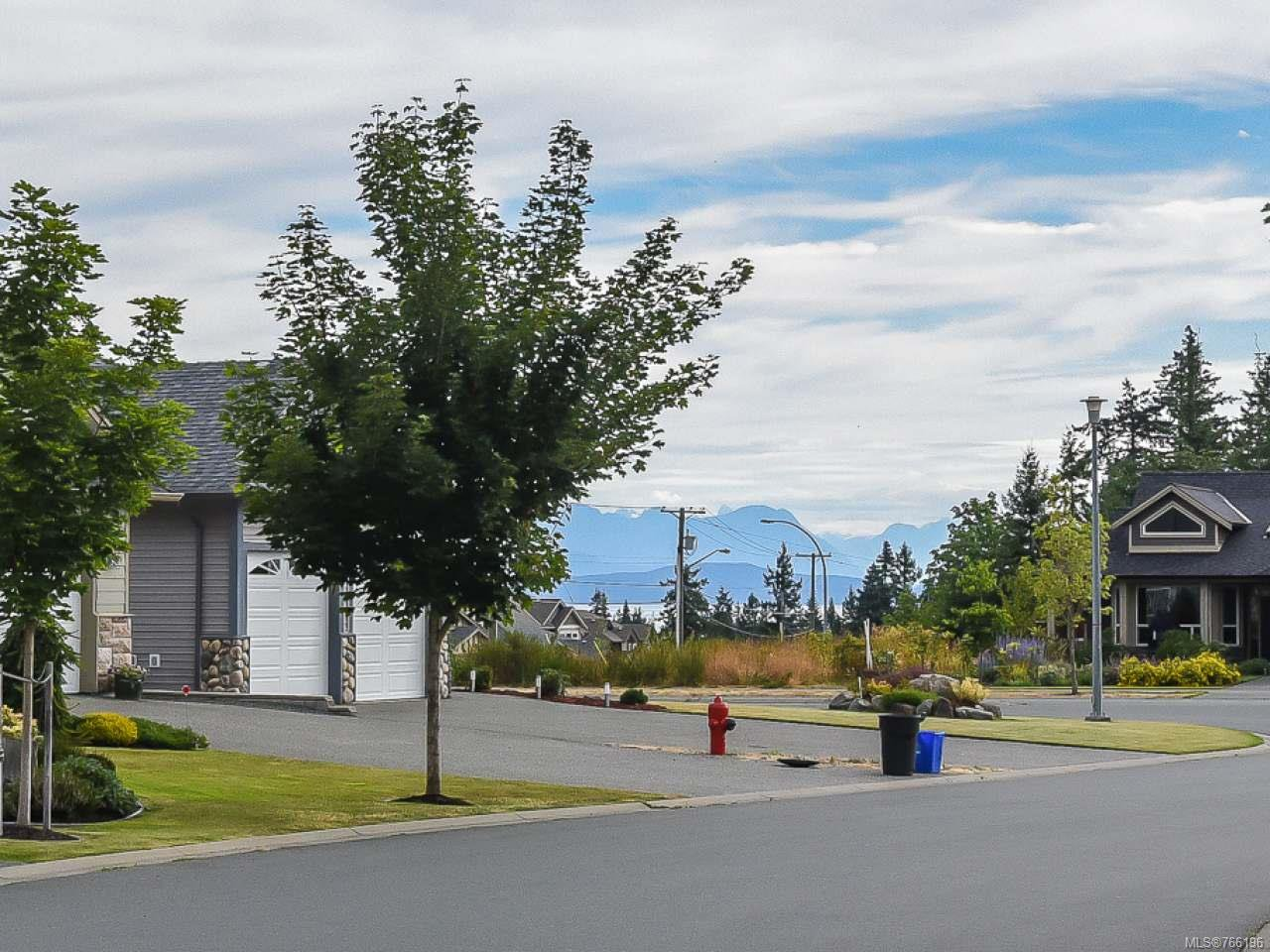 Photo 2: Photos: 1127 Cordero Cres in CAMPBELL RIVER: CR Willow Point House for sale (Campbell River)  : MLS®# 766196