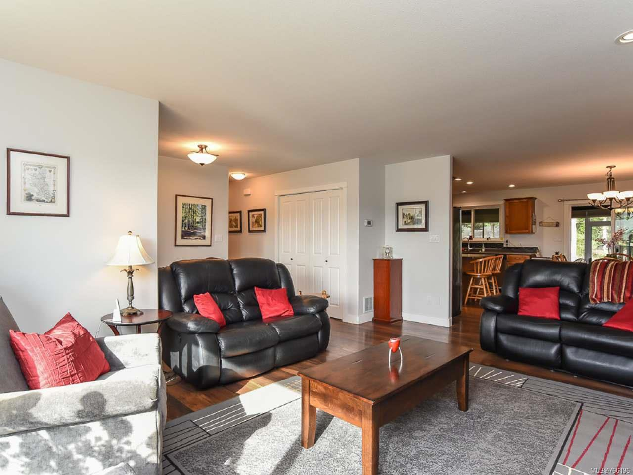 Photo 15: Photos: 1127 Cordero Cres in CAMPBELL RIVER: CR Willow Point House for sale (Campbell River)  : MLS®# 766196
