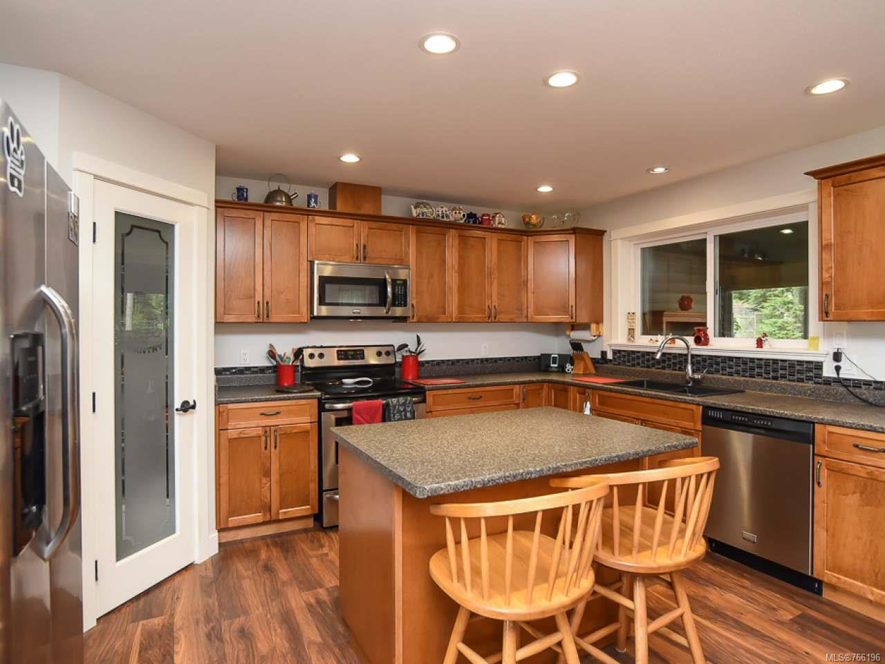 Photo 7: Photos: 1127 Cordero Cres in CAMPBELL RIVER: CR Willow Point House for sale (Campbell River)  : MLS®# 766196