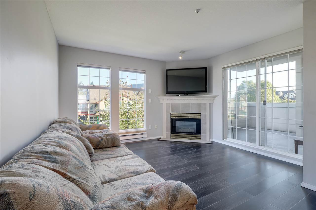 "Photo 9: Photos: 309 1655 GRANT Avenue in Port Coquitlam: Glenwood PQ Condo for sale in ""The Benton"" : MLS®# R2209084"