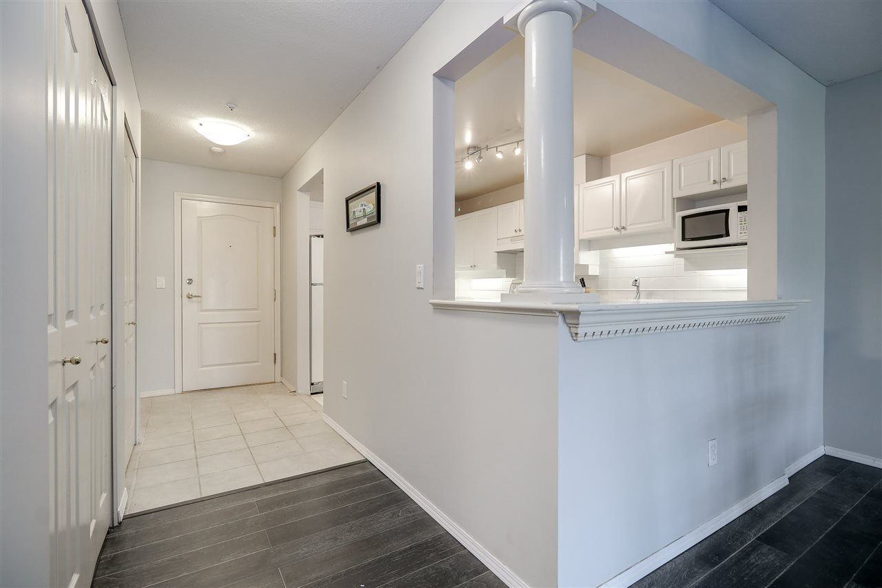 "Photo 5: Photos: 309 1655 GRANT Avenue in Port Coquitlam: Glenwood PQ Condo for sale in ""The Benton"" : MLS®# R2209084"