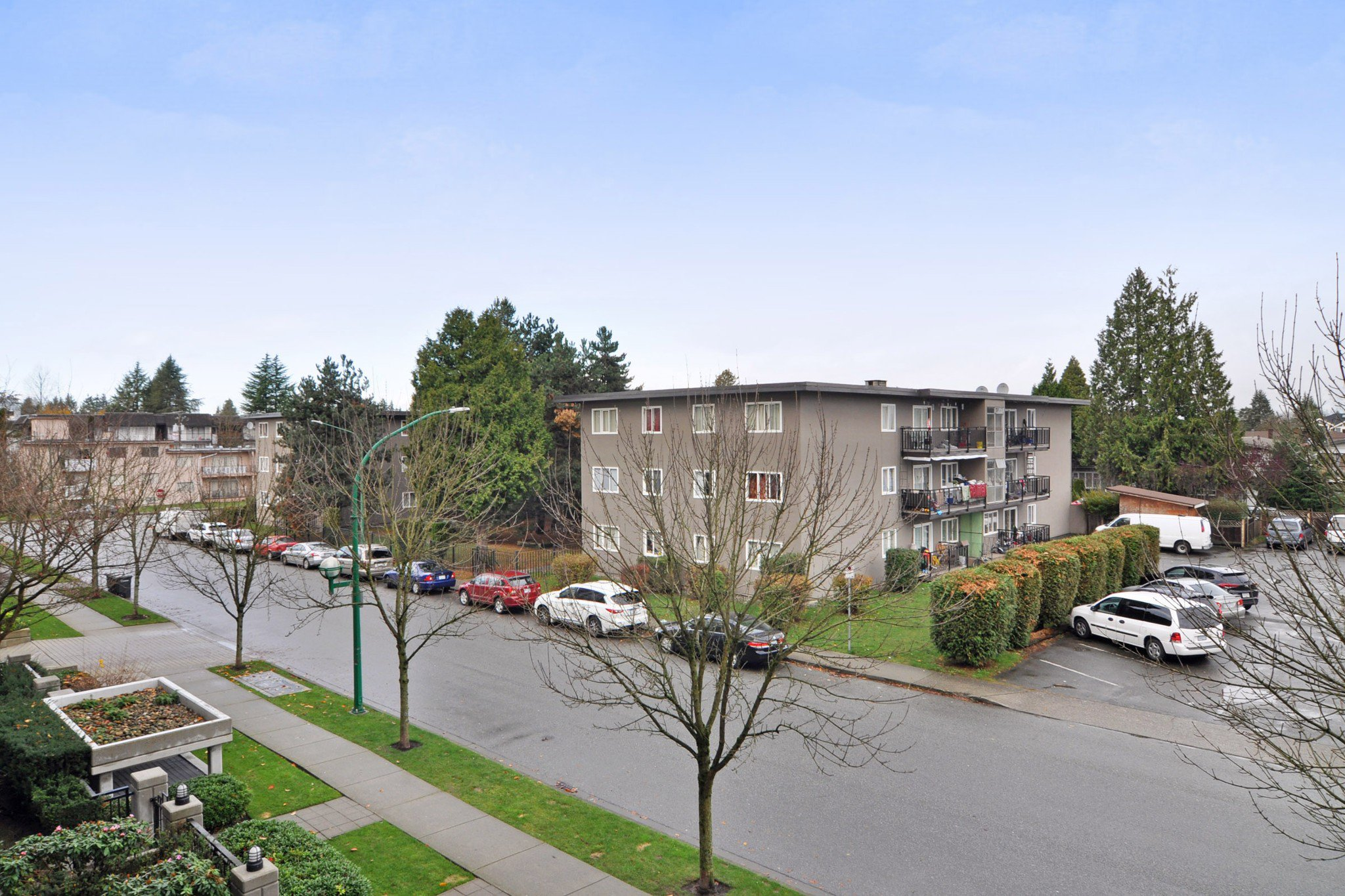 "Photo 15: Photos: 312 7138 COLLIER Street in Burnaby: Highgate Condo for sale in ""STANDFORD HOUSE"" (Burnaby South)  : MLS®# R2224760"