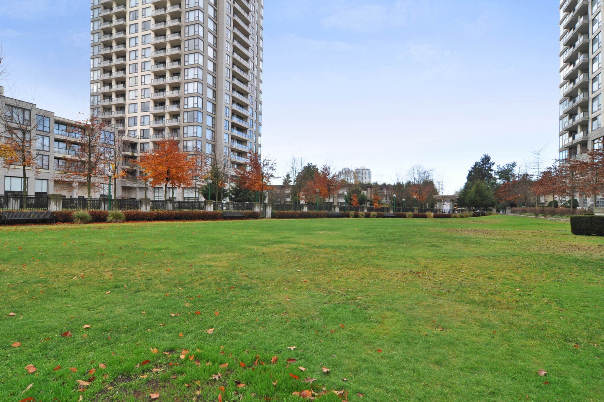 "Photo 16: Photos: 312 7138 COLLIER Street in Burnaby: Highgate Condo for sale in ""STANDFORD HOUSE"" (Burnaby South)  : MLS®# R2224760"