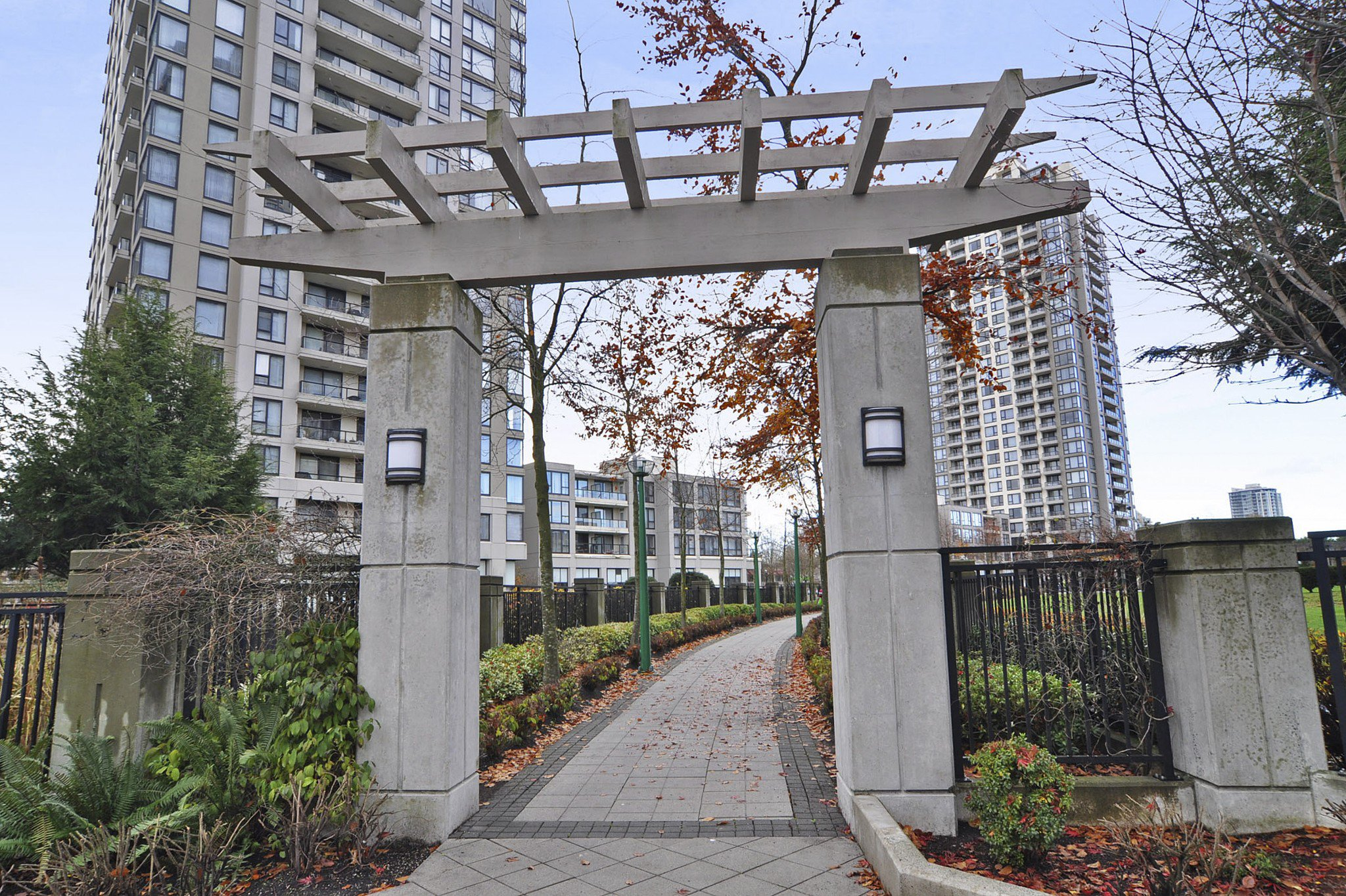 "Photo 18: Photos: 312 7138 COLLIER Street in Burnaby: Highgate Condo for sale in ""STANDFORD HOUSE"" (Burnaby South)  : MLS®# R2224760"