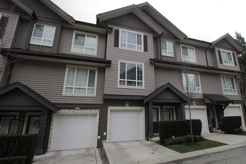 "Main Photo: 32 4967 220 Street in Langley: Murrayville Townhouse for sale in ""Winchester Estates"" : MLS®# R2226577"