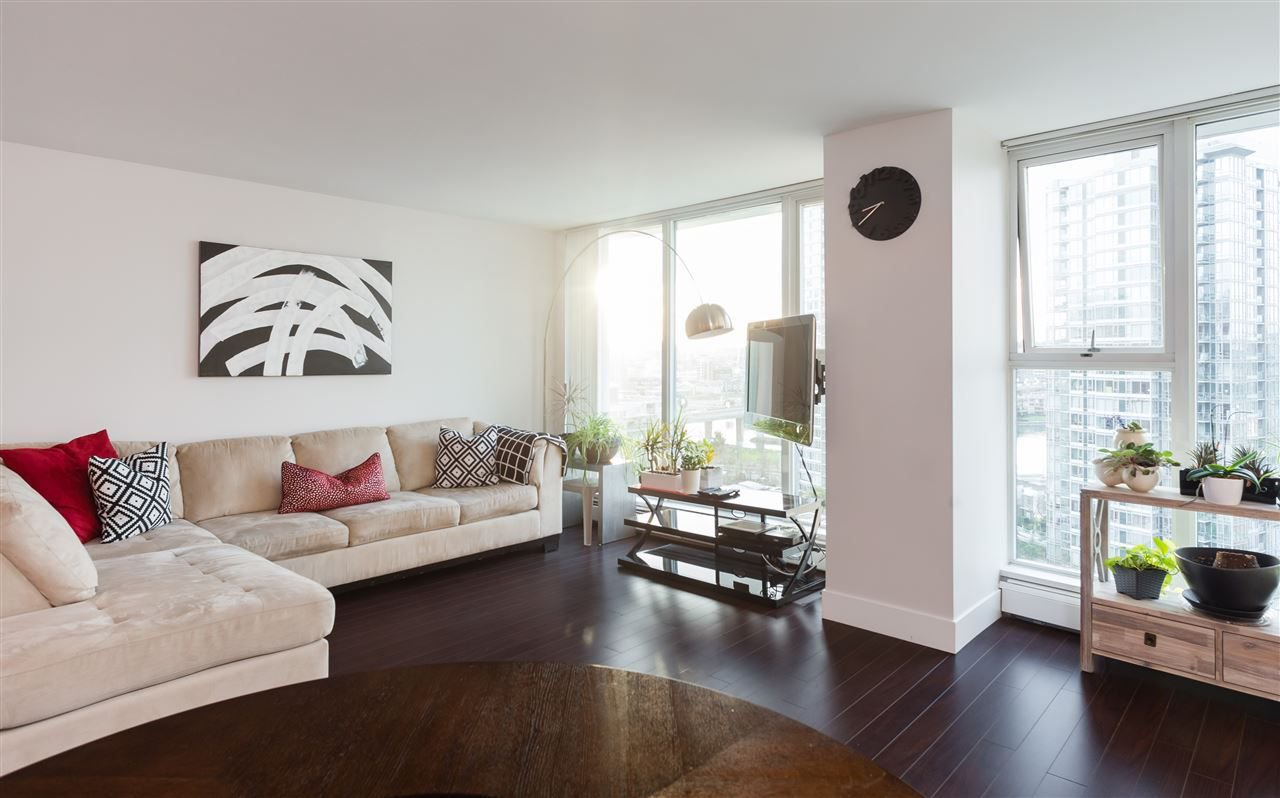 Photo 2: Photos: 1705 1009 EXPO BOULEVARD in Vancouver: Yaletown Condo for sale (Vancouver West)  : MLS®# R2226724