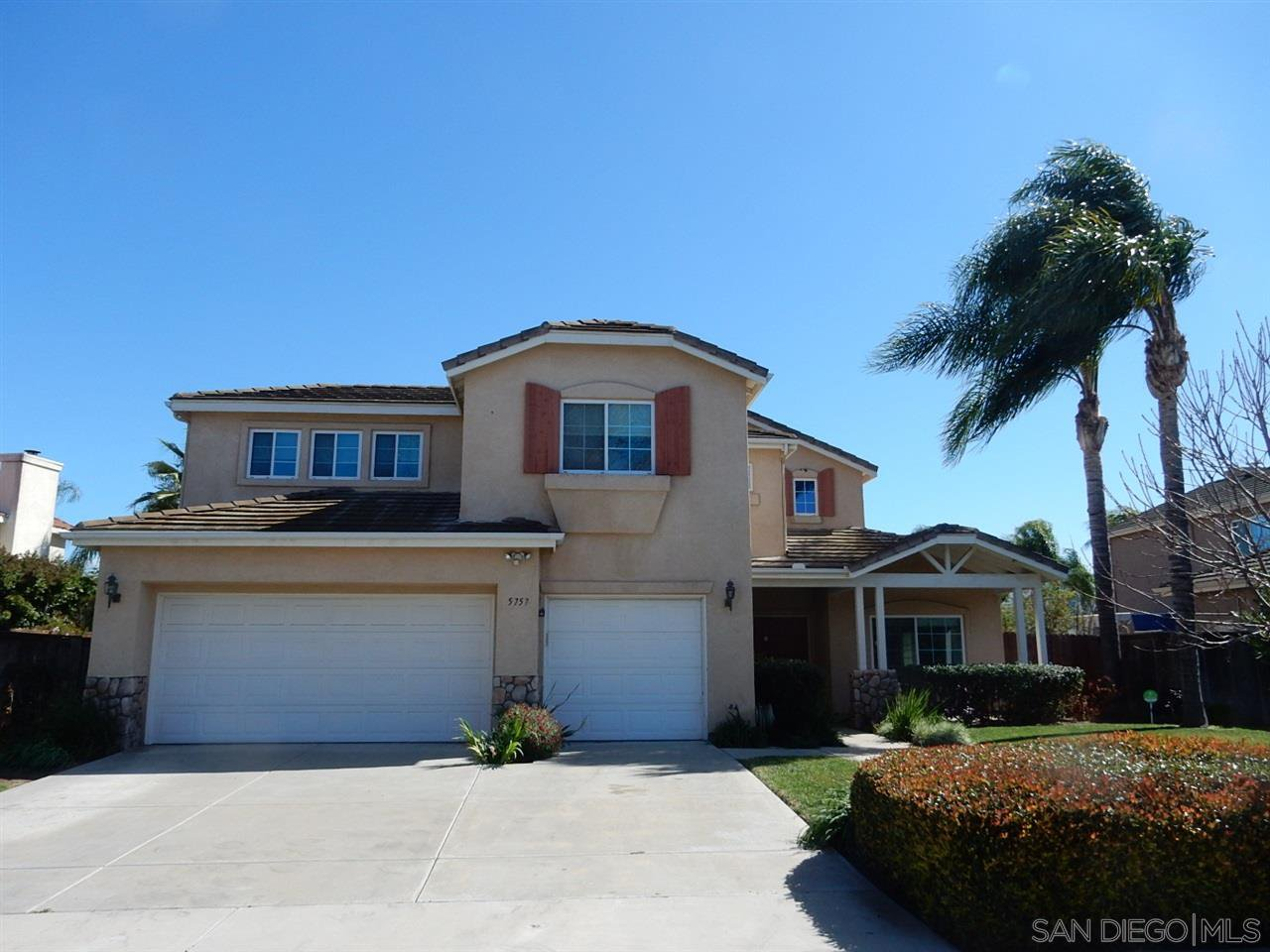 Main Photo: OCEANSIDE House for rent : 5 bedrooms : 5757 Spur