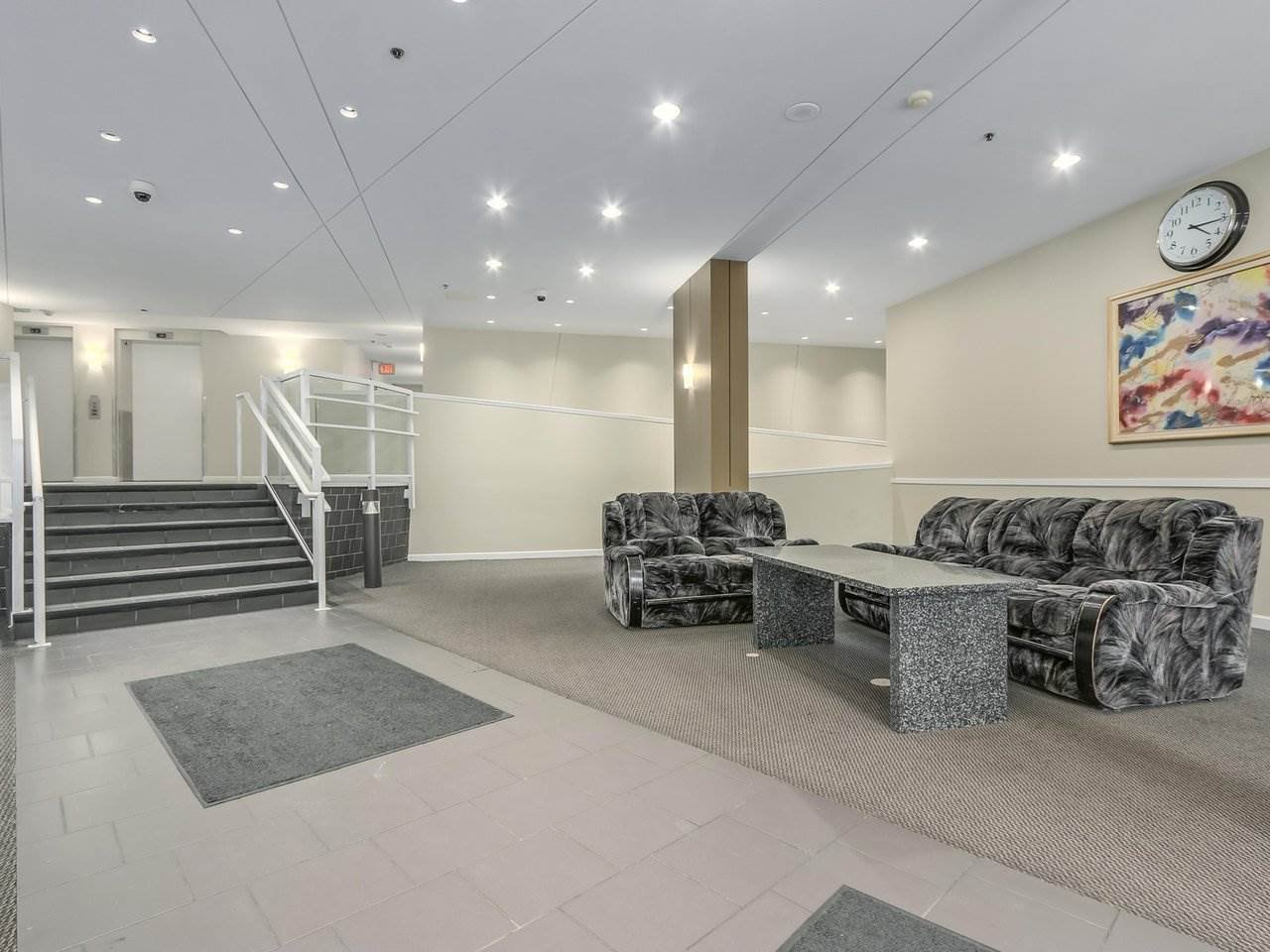 """Photo 15: Photos: 1005 9830 WHALLEY Boulevard in Surrey: Whalley Condo for sale in """"King George Park Tower"""" (North Surrey)  : MLS®# R2332057"""