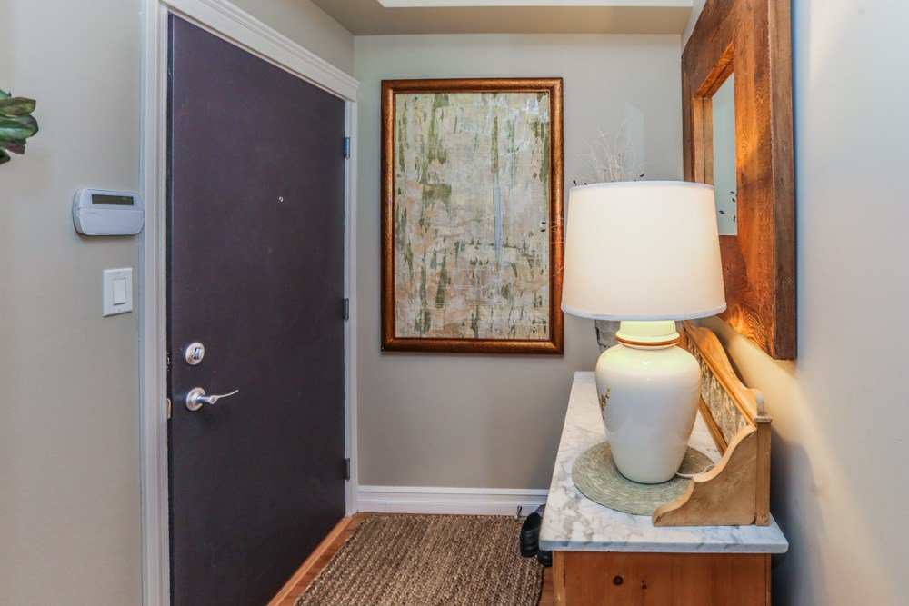 """Photo 17: Photos: B101 33755 7TH Avenue in Mission: Mission BC Condo for sale in """"THE MEWS"""" : MLS®# R2345242"""