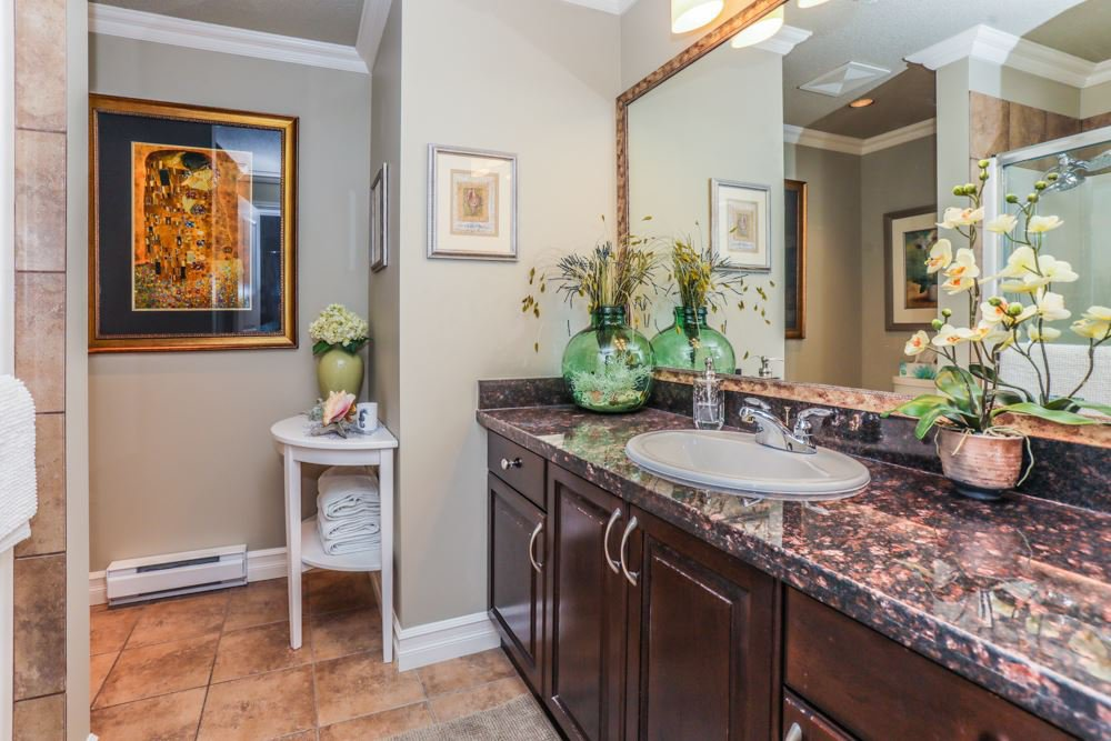 """Photo 12: Photos: B101 33755 7TH Avenue in Mission: Mission BC Condo for sale in """"THE MEWS"""" : MLS®# R2345242"""