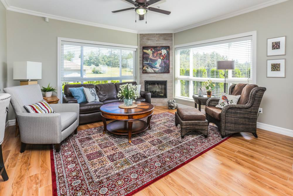 """Photo 2: Photos: B101 33755 7TH Avenue in Mission: Mission BC Condo for sale in """"THE MEWS"""" : MLS®# R2345242"""