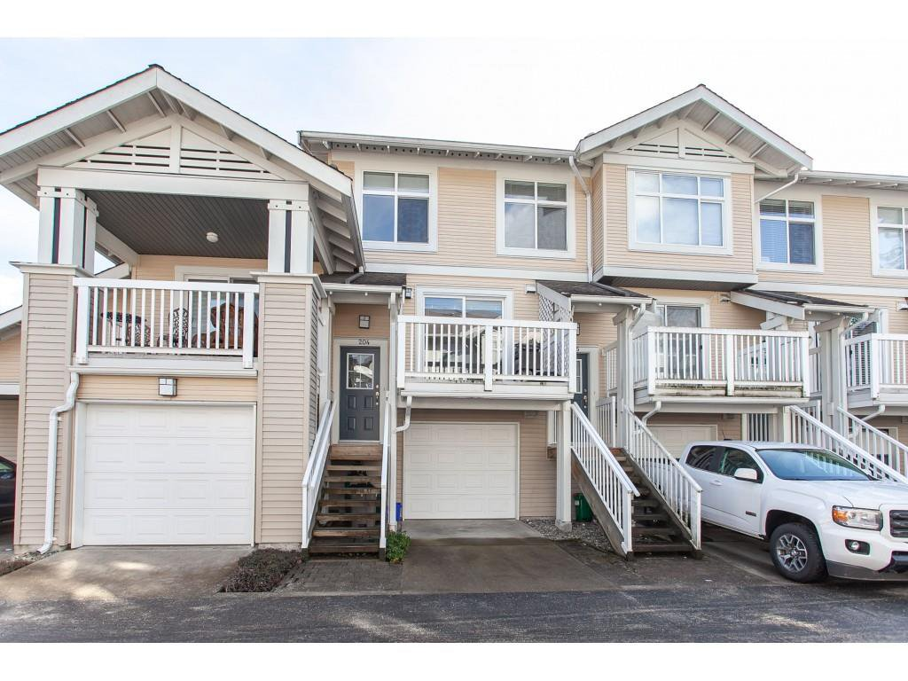 "Main Photo: 204 20033 70 Avenue in Langley: Willoughby Heights Townhouse for sale in ""Denim"" : MLS®# R2346455"