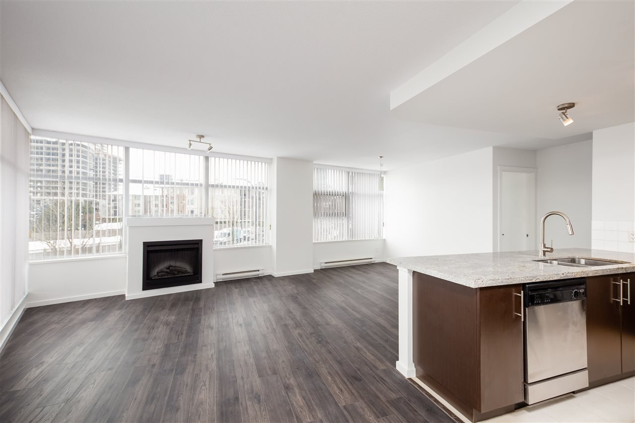 """Photo 2: Photos: 207 2289 YUKON Crescent in Burnaby: Brentwood Park Condo for sale in """"WATERCOLOURS"""" (Burnaby North)  : MLS®# R2352009"""