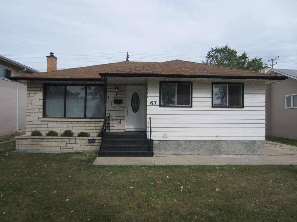 Main Photo:  in Winnipeg: Garden City House for sale ()