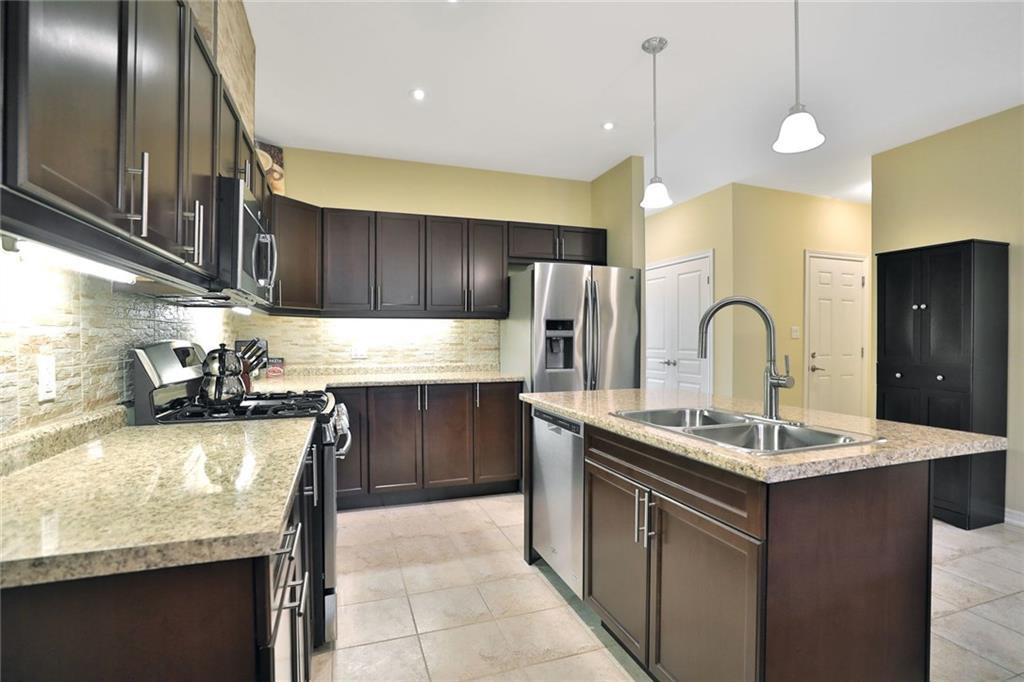 Photo 16: Photos: 71 FORESTVIEW Court in Smithville: Residential for sale : MLS®# H4056277