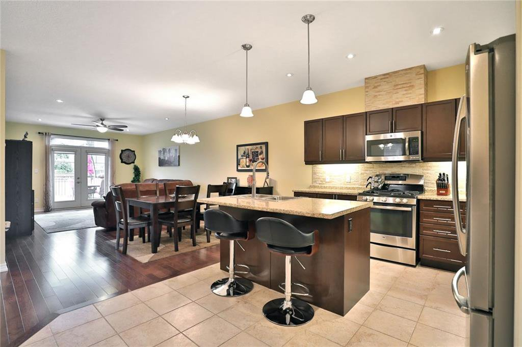 Photo 6: Photos: 71 FORESTVIEW Court in Smithville: Residential for sale : MLS®# H4056277