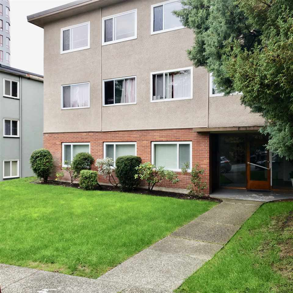 Main Photo: 6 48 LEOPOLD PLACE in New Westminster: Downtown NW Condo for sale : MLS®# R2408599