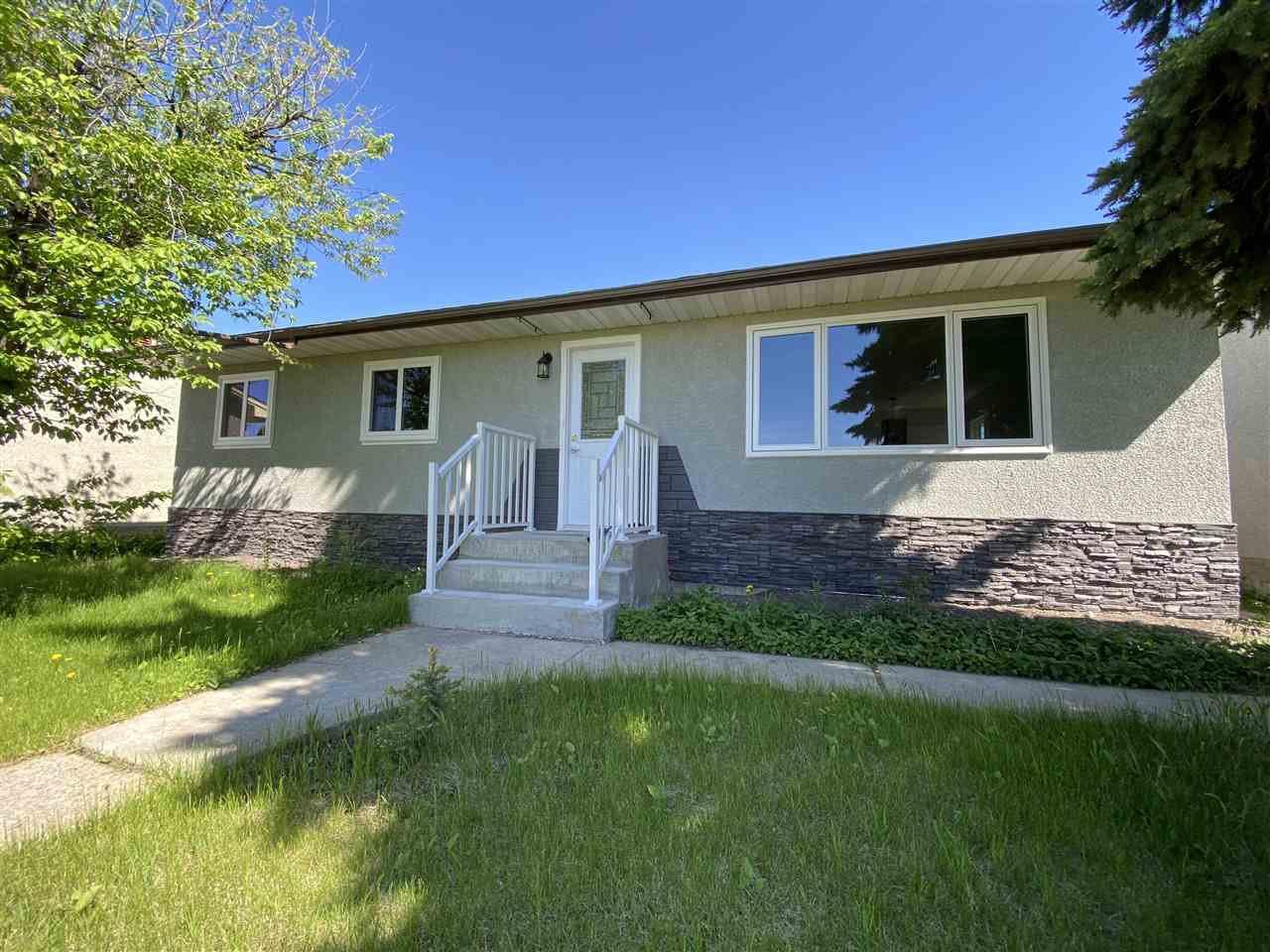 Main Photo: 12412 136 Avenue in Edmonton: Zone 01 House for sale : MLS®# E4198249