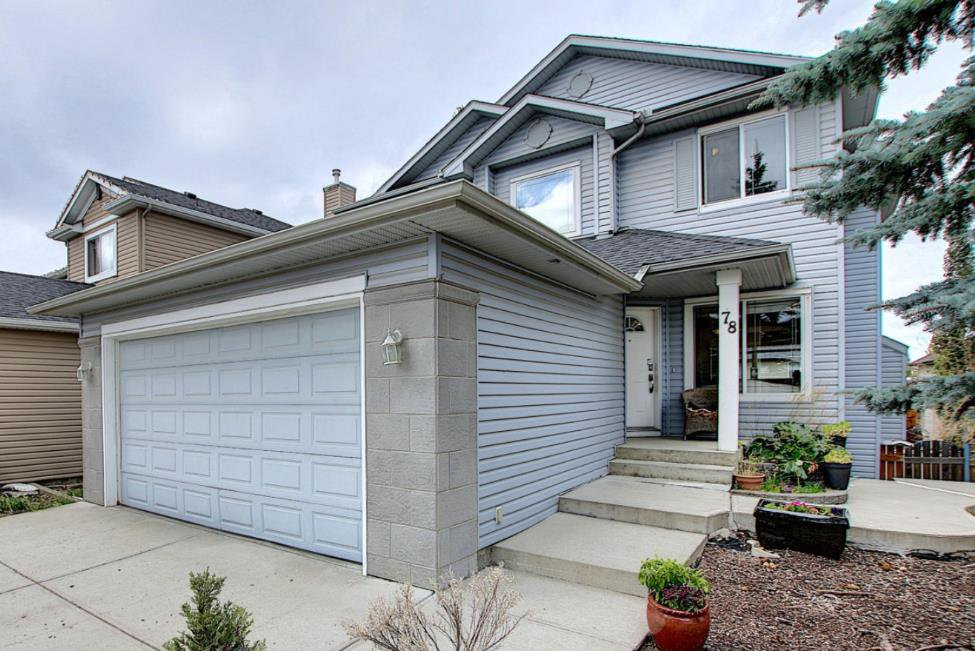 Main Photo: 78 WESTON Green SW in Calgary: West Springs Detached for sale : MLS®# A1030122