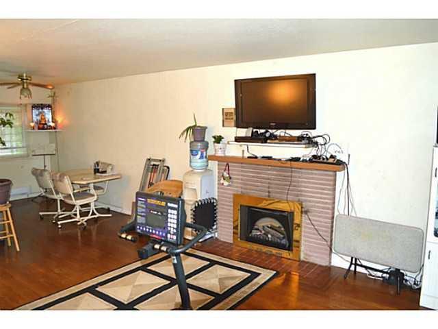 Photo 4: Photos: 3878 BOND Street in Burnaby: Central Park BS House for sale (Burnaby South)  : MLS®# V1114181