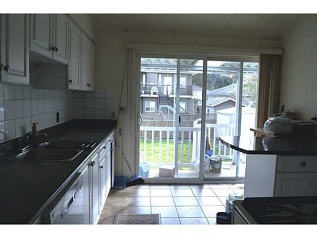 Photo 5: Photos: 3878 BOND Street in Burnaby: Central Park BS House for sale (Burnaby South)  : MLS®# V1114181