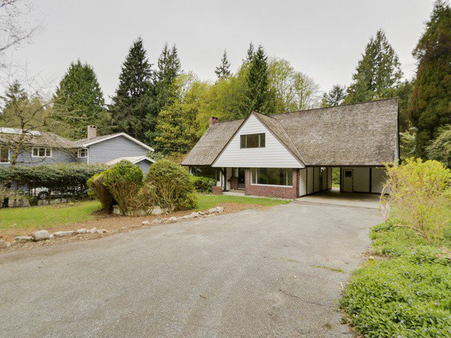 "Main Photo: 5737 CRANLEY Drive in West Vancouver: Eagle Harbour House for sale in ""Eagle Harbour"" : MLS®# V1116160"