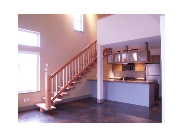"""Photo 8: Photos: 8 40775 TANTALUS Road in Squamish: Tantalus Townhouse for sale in """"THE ALPENLOFTS"""" : MLS®# V1137350"""