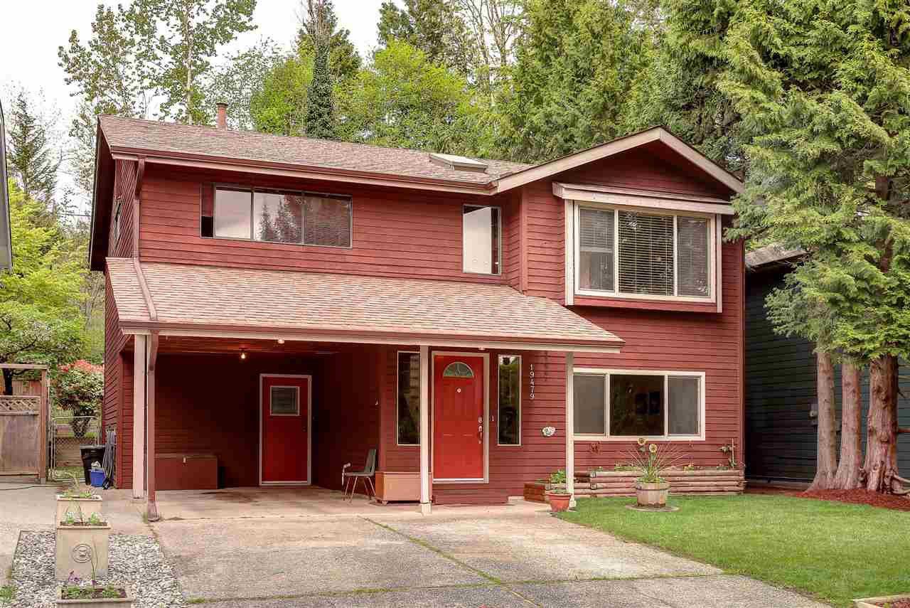 Main Photo: 19479 115A Avenue in Pitt Meadows: South Meadows House for sale : MLS®# R2059811